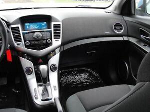 2011 Chevrolet Cruze LT Turbo w/1SA London Ontario image 18