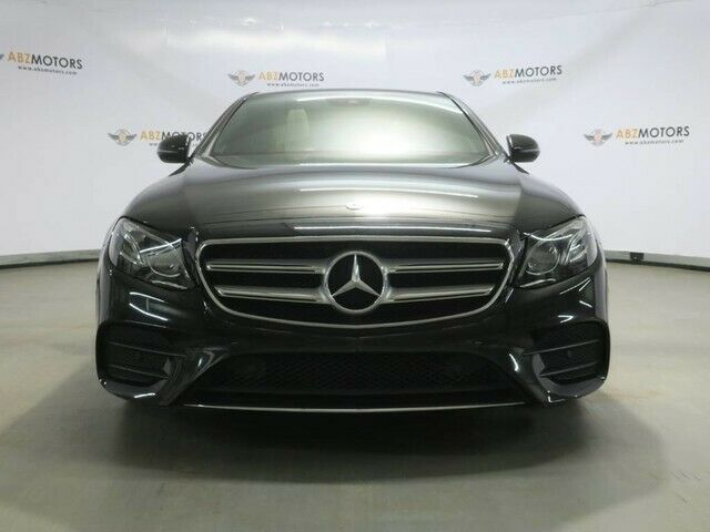 Image 4 Voiture Européenne d'occasion Mercedes-Benz E-Class 2017