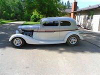 1933 Ford Victoria Hot Rod with matching Trailer