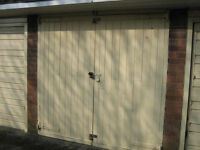 GARAGE TO RENT IN HARBORNE