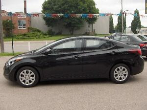 2014 Hyundai Elantra GL Sedan Price Drop To sell !! London Ontario image 6