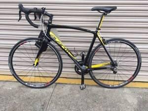 Mens Avanti carbon road bike. Large frame. Port Melbourne Port Phillip Preview