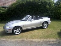 MAZDA MX5 1-8 ARIZONA (LIMITED EDITION) CONVERTIBLE 2002 (52 PLATE). 1 LADY OWNER.