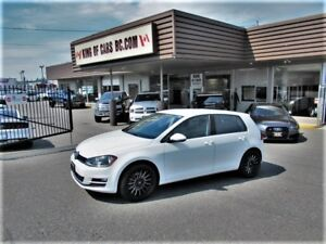 2017 Volkswagen Golf TSI WITH LEATHER SEATS