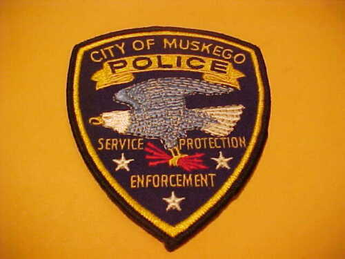MUSKEGO WISCONSIN POLICE PATCH SHOULDER SIZE NEW