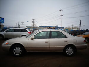 1997 TOYOTA CAMRY CE-2.2L 4 CYL-RUNS AND DRIVES EXCELLENT