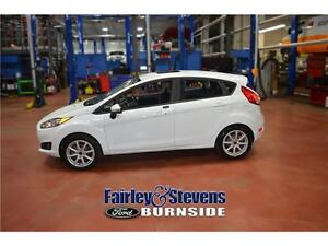 2014 Ford Fiesta SE! Roof! Heated Seats!