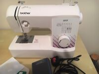 BROTHER LX 17 MULTI STITCH SEWING MACHINE COMPLETE WITH ALL ORIGINAL ACCESSORIES AND CARRY BAG