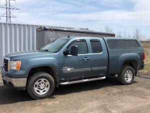 2008 GMC Sierra 2500 Pickup Truck