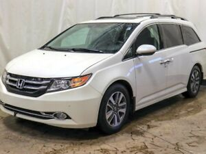 2017 Honda Odyssey Touring w/ DVD, Navigation