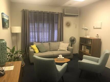 Immaculate consulting room / office available for part time lease