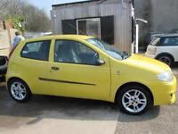 FIAT PUNTO 1.2 Active Sport 3dr (yellow) 2004