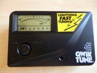 Qwik tune electronic guitar tuner model Q-T8