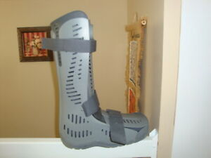 Rebound Air Walker Boot
