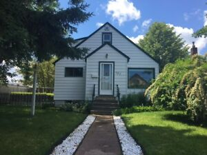 127 Selkirk St N Open House Saturday Sept 23rd 1-2:30