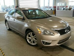 2013 Nissan Altima 3.5L V6 SV Navi, Sunroof, Back Up Cam