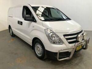 2017 Hyundai iLOAD TQ3-V SERIES II MY17 White Automatic Van Kooringal Wagga Wagga City Preview