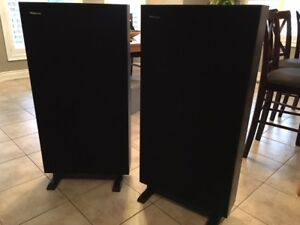 Boston Acoustics Speakers - A200 AWESOME CONDITION