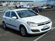 2006 Holden Astra AH MY06 CD White 4 Speed Automatic Hatchback Maidstone Maribyrnong Area Preview