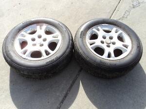 2 Radial All Season Tires with Alloy Rims Caravan 215/65/16