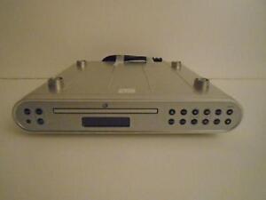 GPX UNDER CABINET CD/RADIO PLAYER