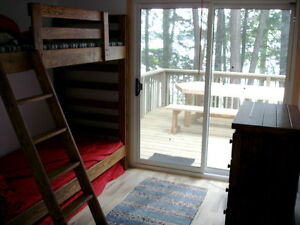 Lovely cottage on small Muskoka Lake, east of Bracebridge Canada image 5