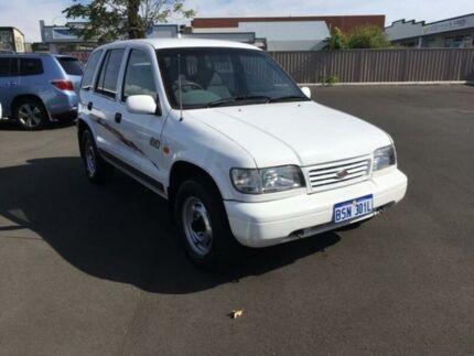 1998 Kia Sportage White Automatic Wagon