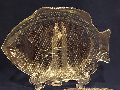 "Vintage Set of 4 Clear Glass Ovenproof Fish Plates, 11"" x 8"""
