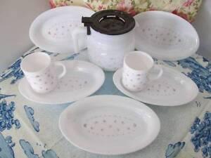 Retro Arcopal Milk Glass Coffee Set Or Tea Set. Morayfield Caboolture Area Preview