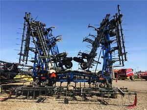 2012 NEW HOLLAND ST830 FIELD CULTIVATOR