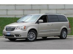 2016 Chrysler Town & Country Touring L Remote Start|Backup Camer Peterborough Peterborough Area image 3