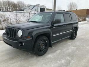 2010 JEEP PATRIOT, 4X4 , MANUEL , 4 CYLINDRES ,TOUTE EQUIPE