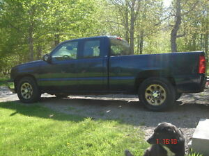 """REDUCED"" 2006 Chevrolet Silverado 1500 LS Ext. Cab Pickup Truck"