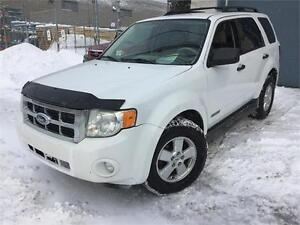 2008 FORD ESCAPE***4 CYLINDRES+AWD+PNEUX D'HIVER+4400$***