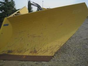 Snow wings and V Plows CAT 14/16/140/160 Motor Graders