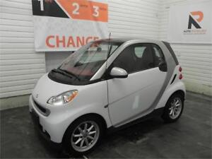 2010 smart fortwo Pure, Toit panoramique, Bancs chauffants