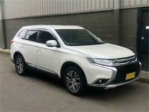 2015 Mitsubishi Outlander ZK MY16 LS 2WD Pearl White 6 Speed Constant Variable Wagon Auburn Auburn Area Preview