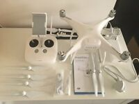 DJI PHANTOM 4 DRONE QUADCOPTER - used but in perfect condition!