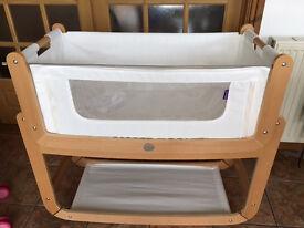 Snuzpod 3-in-1 bedside crib. bassinet, white with woden frame.