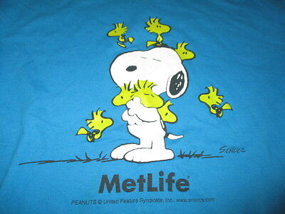Vintage Metlife Peanuts Snoopy With Many Woodstocks By Schulz  Med  T Shirt