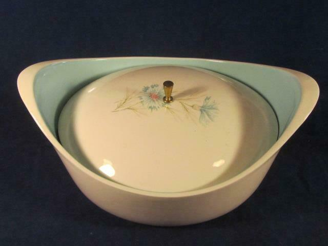 "Taylor Smith&Taylor Ever Yours ""Boutonniere"" Covered Casserole Blue Pink Flowers"