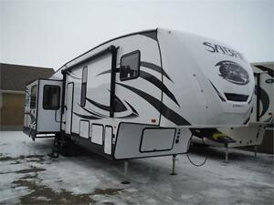 2017 Sabre 30RLT Luxury 5th Wheel trailer with 3 slideouts