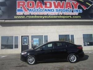 2016 Ford Focus SE - PST PAID