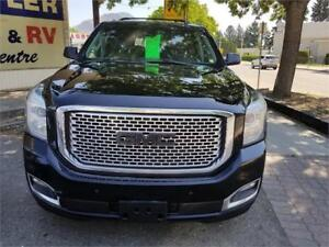 2015 GMC YUKON XL DENALI  4X4  7 PASS. IMPRESSIVE & BEAUTIFUL