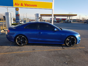 2013 Audi RS5 Coupe (2 door) AWD Quattro - Sepang Blue
