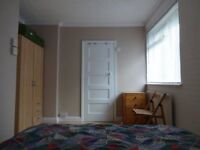 Three bedroom property off Florence Park £1250pcm available NOW!