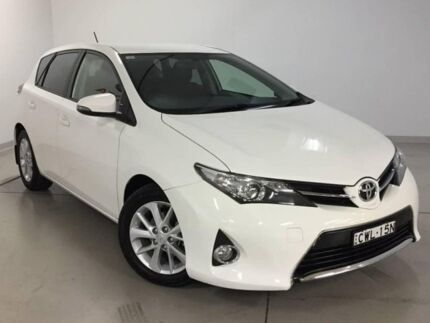 2014 Toyota Corolla ZRE182R Ascent Sport S-CVT White 7 Speed Constant Variable Hatchback Chatswood Willoughby Area Preview
