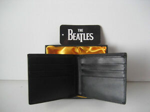 Beatles Classic Logo  portefeuille cuire / Neuf dans sa boite ! Québec City Québec image 2