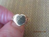 girls vintage sygnet 9 carat gold ring