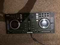 Numark Mixtrack Platinum Decks